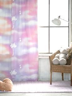 カーテン通販専門店cucan オーダーカーテン Disney 施工イメージ01