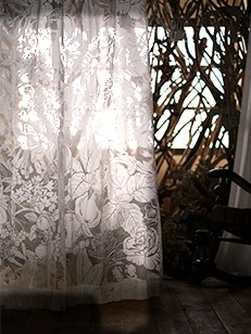 カーテン通販専門店cucan オーダーカーテン Disney 施工イメージ03